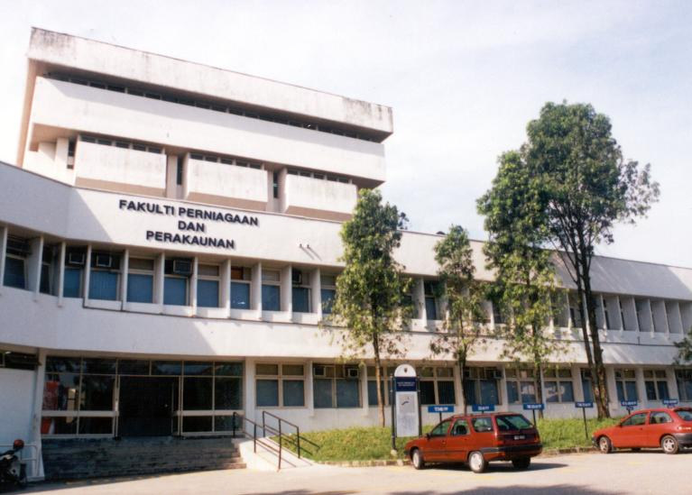 Faculty of Business and Accountancy